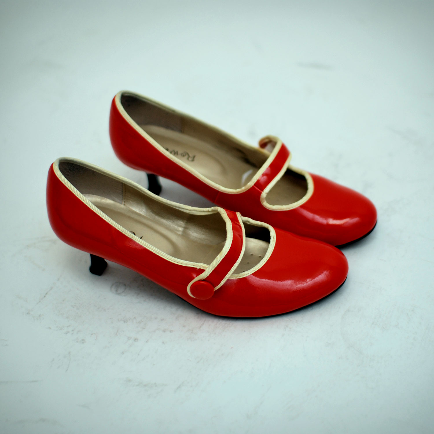 Red Golf Shoes Uk